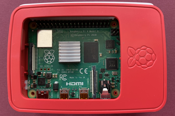 Raspberry Pi 4 in a modified Raspberry Pi 3 case - top cover removed