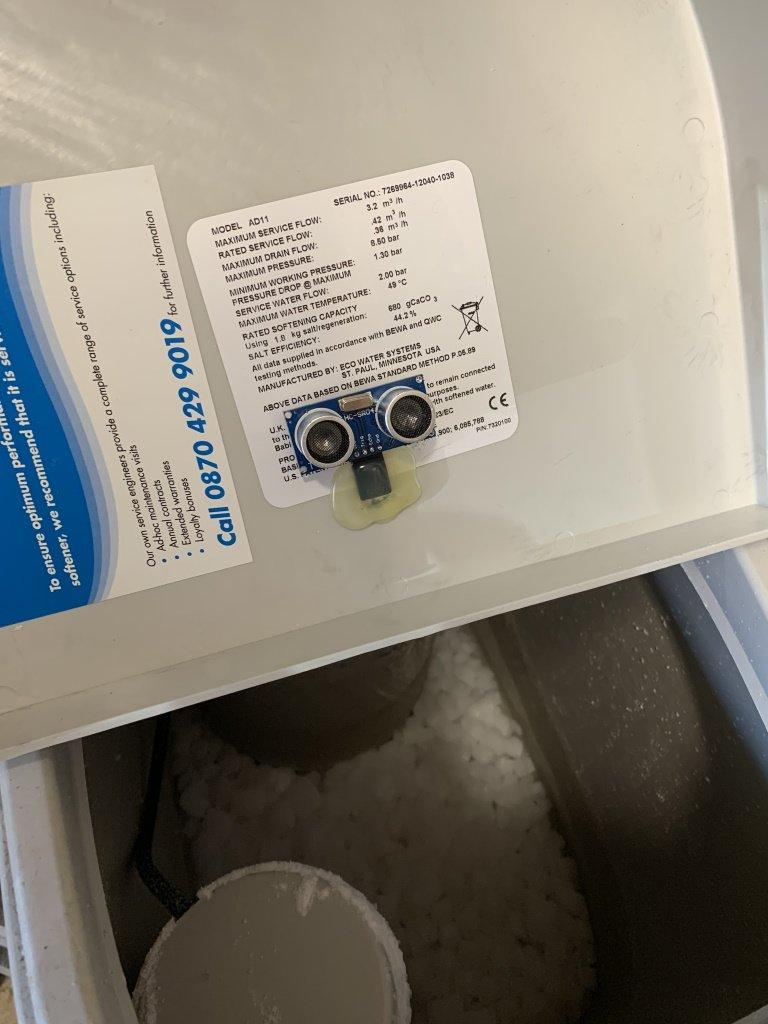 HC-SR04 Sensor measuring salt level of water softener